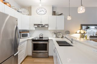 """Photo 10: 202 1388 NELSON Street in Vancouver: West End VW Condo for sale in """"ANDALUCA"""" (Vancouver West)  : MLS®# R2467765"""