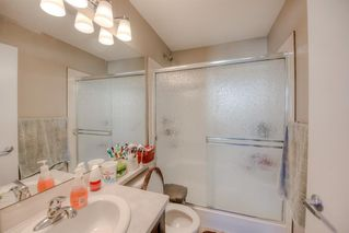Photo 9: 550 Redstone View NE in Calgary: Redstone Row/Townhouse for sale : MLS®# A1038452