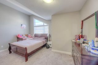 Photo 6: 550 Redstone View NE in Calgary: Redstone Row/Townhouse for sale : MLS®# A1038452