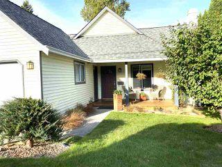 Photo 3: 13485 62 Avenue in Surrey: Panorama Ridge House for sale : MLS®# R2511820