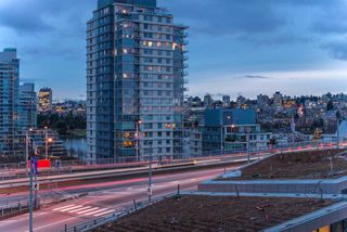 Photo 14: 1208 1480 HOWE STREET in Vancouver: Yaletown Condo for sale (Vancouver West)  : MLS®# R2427901