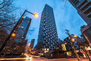 Photo 19: 1208 1480 HOWE STREET in Vancouver: Yaletown Condo for sale (Vancouver West)  : MLS®# R2427901