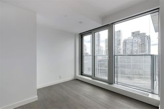 Photo 4: 1208 1480 HOWE STREET in Vancouver: Yaletown Condo for sale (Vancouver West)  : MLS®# R2427901