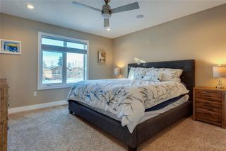 Photo 17: 1615 41 Street SW in Calgary: Rosscarrock Semi Detached for sale : MLS®# A1058448