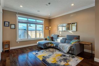 Photo 10: 1615 41 Street SW in Calgary: Rosscarrock Semi Detached for sale : MLS®# A1058448