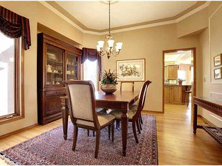 Photo 7: 116 Shawnee Gardens SW in CALGARY: Shawnee Slps Evergreen Est Residential Detached Single Family for sale (Calgary)  : MLS®# C3559440