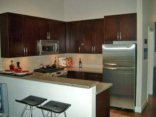 Photo 1: 306 3811 Hastings St in Mondeo: Vancouver Heights Home for sale ()