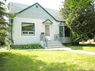 Photo 1: 597 Beaverbrook Street in WINNIPEG: River Heights / Tuxedo / Linden Woods Residential for sale (South Winnipeg)  : MLS®# 1313957