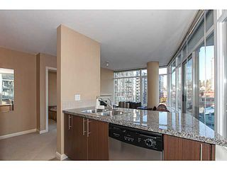 Photo 8: # 1006 892 CARNARVON ST in New Westminster: Downtown NW Condo for sale : MLS®# V1095803