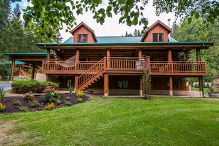 Photo 1: 2159 Salmon River Road in Salmon Arm: Silver Creek House for sale : MLS®# 10117221