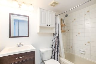 """Photo 7: 309 1350 COMOX Street in Vancouver: West End VW Condo for sale in """"BROUGHTON TERRACE"""" (Vancouver West)  : MLS®# R2396074"""