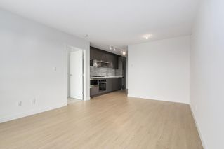 "Photo 9: 1205 13696 100 Avenue in Surrey: Whalley Condo for sale in ""PARK AVENUE WEST"" (North Surrey)  : MLS®# R2399119"