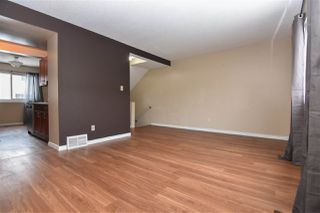 Photo 3: 682 ABBOTTSFIELD Road in Edmonton: Zone 23 Townhouse for sale : MLS®# E4184066