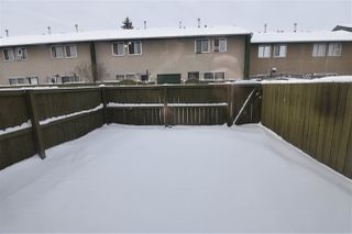 Photo 5: 682 ABBOTTSFIELD Road in Edmonton: Zone 23 Townhouse for sale : MLS®# E4184066