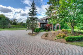 Photo 2: 2639 JENEDERE Court in London: South AA Residential for sale (South)  : MLS®# 40027857