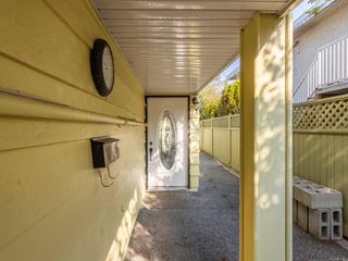 Photo 8: 2190 Weiler Ave in : Si Sidney South-West Full Duplex for sale (Sidney)  : MLS®# 857477