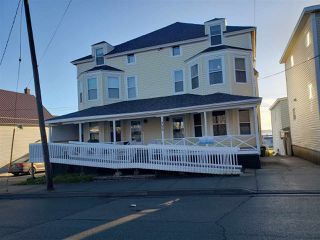 Photo 3: 121-123 Pierce Street in North Sydney: 205-North Sydney Residential for sale (Cape Breton)  : MLS®# 202024948