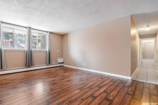 Photo 5: 2 208 Lindsay Place in Saskatoon: Greystone Heights Residential for sale : MLS®# SK838532