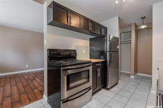 Photo 9: 2 208 Lindsay Place in Saskatoon: Greystone Heights Residential for sale : MLS®# SK838532