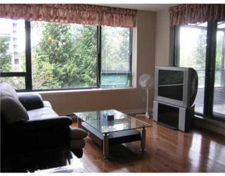 Photo 2: 301-9188 HEMLOCK DR in Richmond: McLennan North Condo for sale : MLS®# V965896