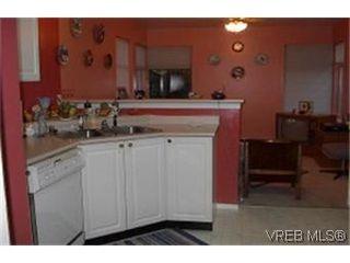 Photo 2: 38 850 Parklands Dr in VICTORIA: Es Gorge Vale Row/Townhouse for sale (Esquimalt)  : MLS®# 324746