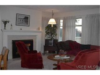 Photo 6: 38 850 Parklands Dr in VICTORIA: Es Gorge Vale Row/Townhouse for sale (Esquimalt)  : MLS®# 324746