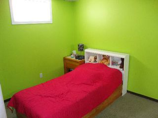 Photo 12: 832 INKSTER BLVD.: Residential for sale (North End)