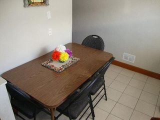 Photo 4: 832 INKSTER BLVD.: Residential for sale (North End)