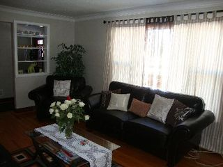 Photo 3: 832 INKSTER BLVD.: Residential for sale (North End)