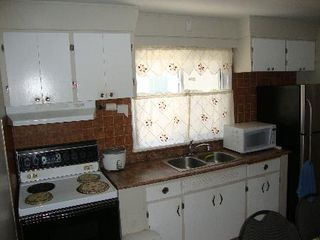 Photo 5: 832 INKSTER BLVD.: Residential for sale (North End)