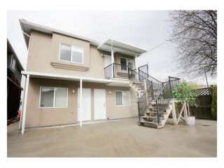 Photo 3: 5518 SHERBROOKE Street in Vancouver: Knight House for sale (Vancouver East)  : MLS®# V943616