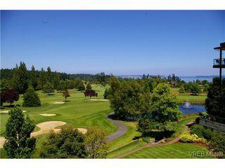 Photo 2: 305 5329 Cordova Bay Rd in VICTORIA: SE Cordova Bay Condo for sale (Saanich East)  : MLS®# 613445