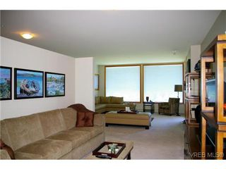 Photo 5: 305 5329 Cordova Bay Rd in VICTORIA: SE Cordova Bay Condo for sale (Saanich East)  : MLS®# 613445