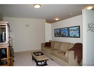 Photo 9: 305 5329 Cordova Bay Rd in VICTORIA: SE Cordova Bay Condo for sale (Saanich East)  : MLS®# 613445