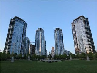 """Main Photo: 1807 455 BEACH Crescent in Vancouver: Yaletown Condo for sale in """"PARK WEST ONE"""" (Vancouver West)  : MLS®# V965553"""