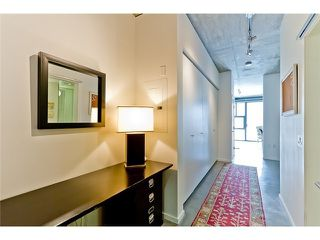 "Photo 1: 104 388 W 1ST Avenue in Vancouver: False Creek Condo for sale in ""THE EXCHANGE"" (Vancouver West)  : MLS®# V979976"