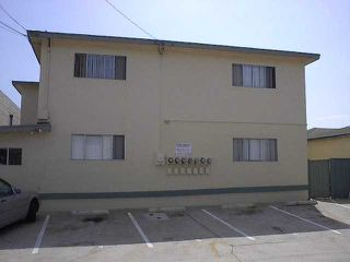 Photo 2: CROWN POINT Home for sale or rent : 2 bedrooms : 3772 INGRAHAM #6 in SAN DIEGO