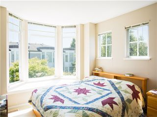 "Photo 5: 28 6179 NO 1 RD Road in Richmond: Terra Nova Townhouse for sale in ""SALISBURY LANE"" : MLS®# V1017540"