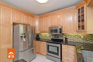 Photo 5: 5906 Bassinger Pl in Mississauga: Churchill Meadows House (2-Storey) for sale : MLS®# W2694493