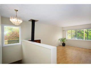 Photo 2: 1295 PLATEAU DR in North Vancouver: Pemberton Heights Condo for sale : MLS®# V1031985