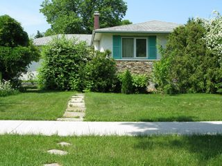 Photo 1: 354 Dalhousie Drive in Winnipeg: Fort Richmond Single Family Detached for sale (South Winnipeg)  : MLS®# 1414526