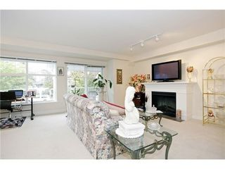 Photo 4: 1 6555 192A Street in Cloverdale: Clayton Home for sale ()  : MLS®# F1322393