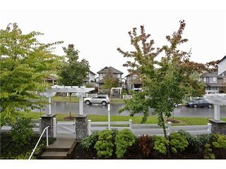 Photo 3: 1 6555 192A Street in Cloverdale: Clayton Home for sale ()  : MLS®# F1322393