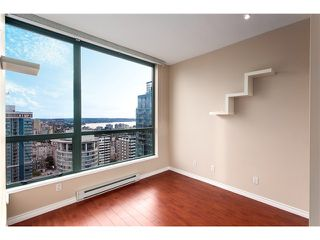 Photo 9: #3202-1239 West Georgia St in Vancouver West: Coal Harbour Condo for sale