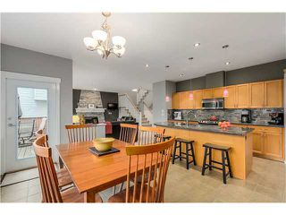 Photo 2: 66 HAWTHORN DR in Port Moody: Heritage Woods PM House for sale : MLS®# V1125489
