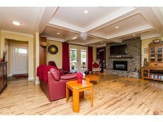 Photo 3: 3912 202 STREET in Langley: Brookswood Langley House for sale : MLS®# R2055563