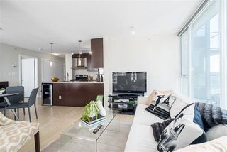 Photo 6: Vancouver West in Downtown VW: Condo for sale : MLS®# R2060973