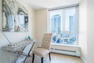 Photo 4: Vancouver West in Downtown VW: Condo for sale : MLS®# R2060973