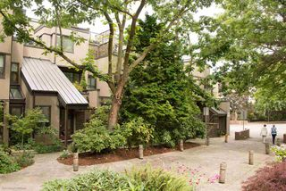 Photo 1: 815 SAWCUT in Vancouver: False Creek Townhouse for sale (Vancouver West)  : MLS®# R2089281