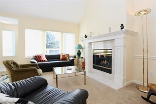 Photo 3: 219 7837 120A STREET in Surrey: West Newton Townhouse for sale : MLS®# R2116877